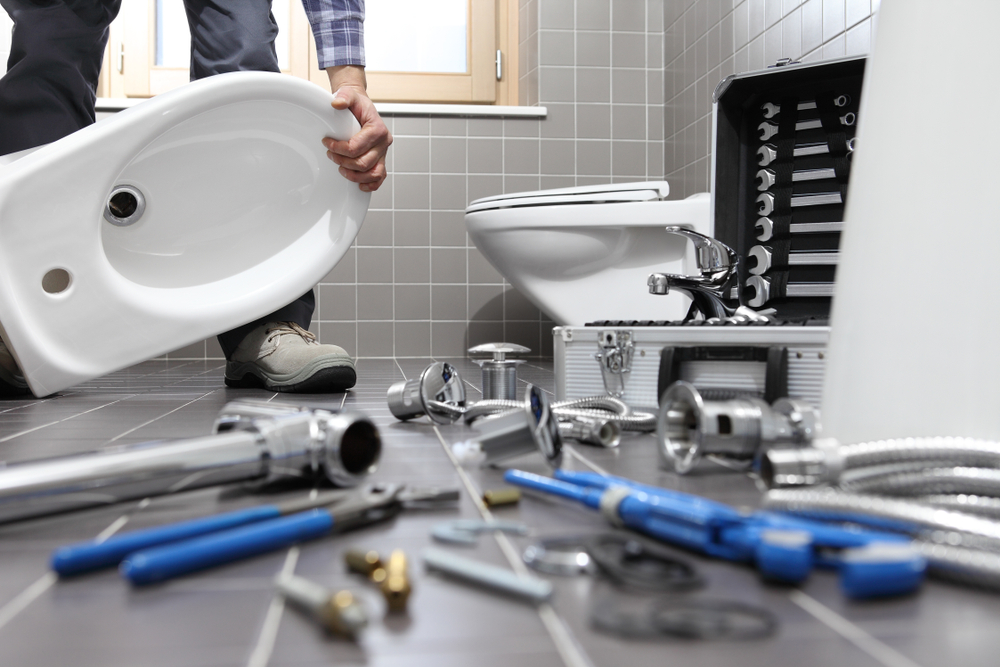 4 Signs You Need Toilet Installation & Repair-Replacement Service In Lake City